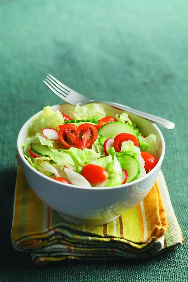 Iceberg Salad with Dash Dressing