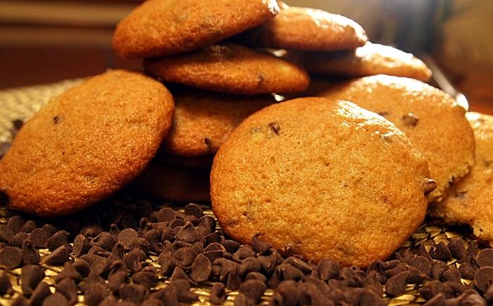 Banana Chocolate Chip Cookies – Eat Well