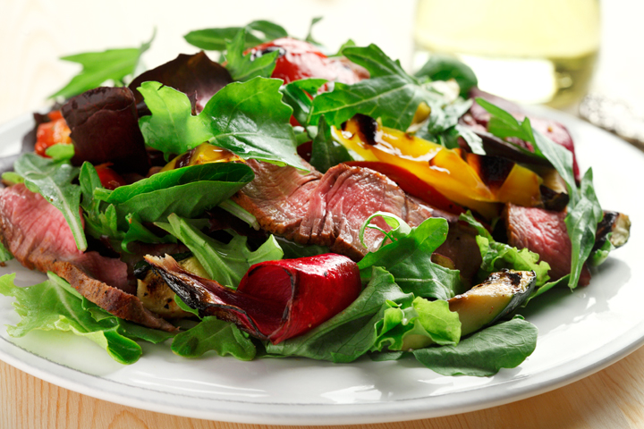 Spice-It-Up Steak Salad | www.blog.canolarecipes.ca