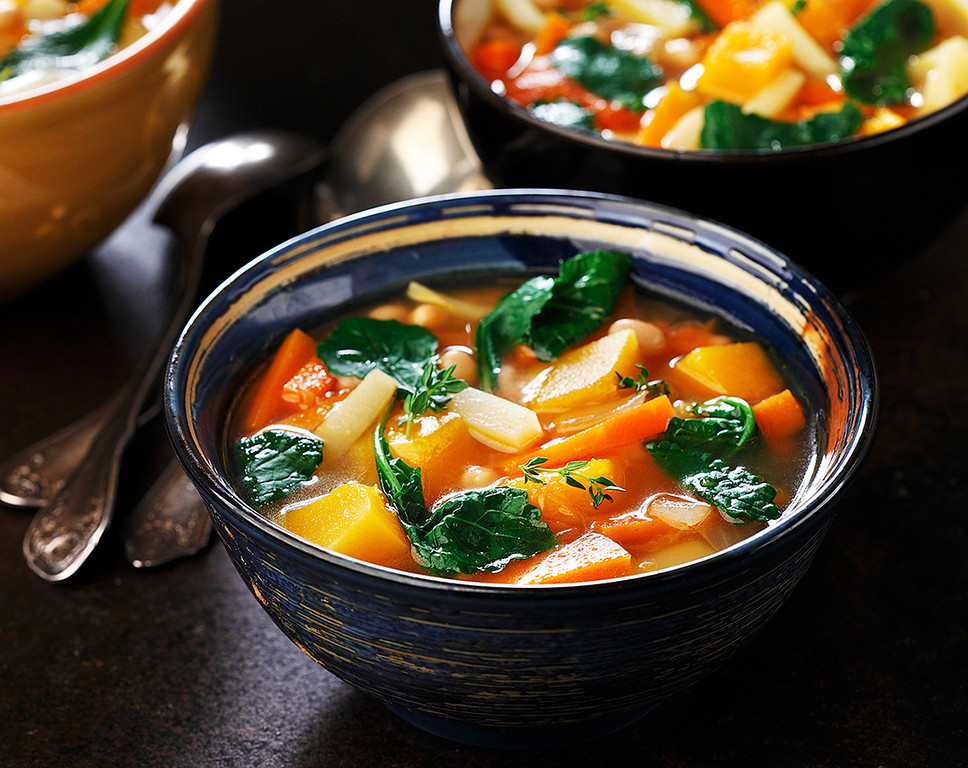Hearty White Bean, Kale and Root Vegetable Soup | www.canolarecipes.ca