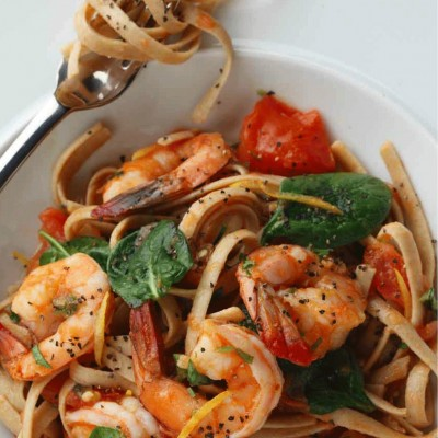 Whole Wheat Fettuccini with Shrimp and Spinach