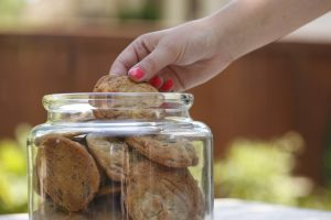 Judy's Chocolate Chip Cookies | www.canolaeatwell.com