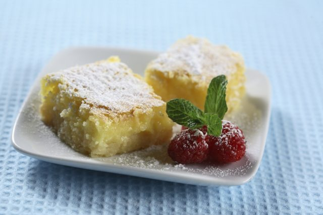 Lotsa' Lemon Squares