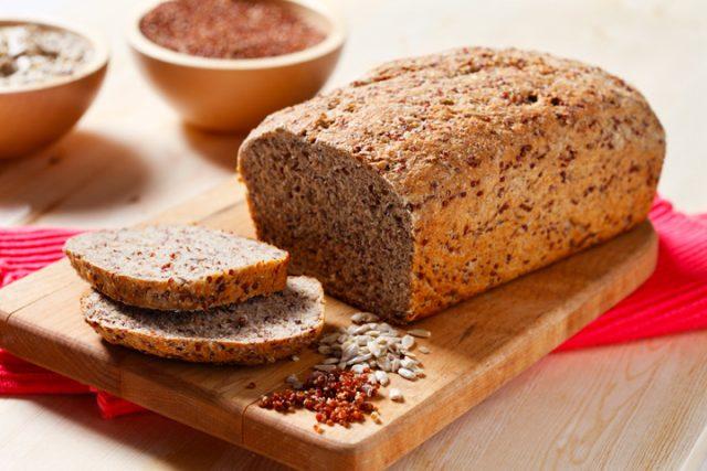 No Knead Whole Wheat and Quinoa Bread