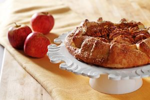 Apple Galette|www.canolaeatwell.com