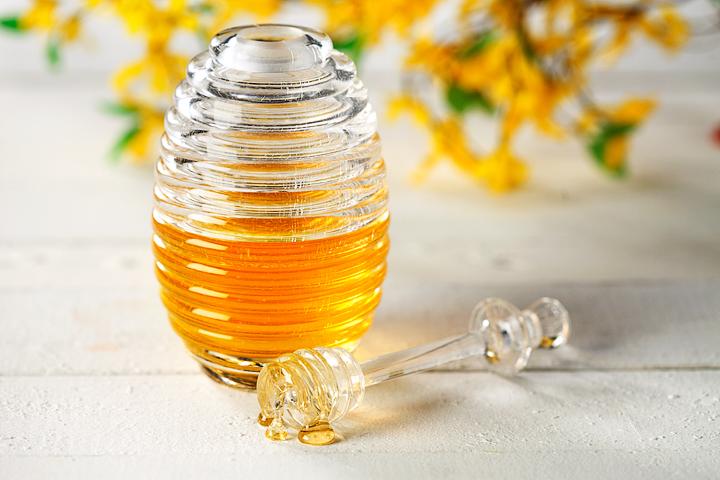 Honey | www.canolaeatwell.com