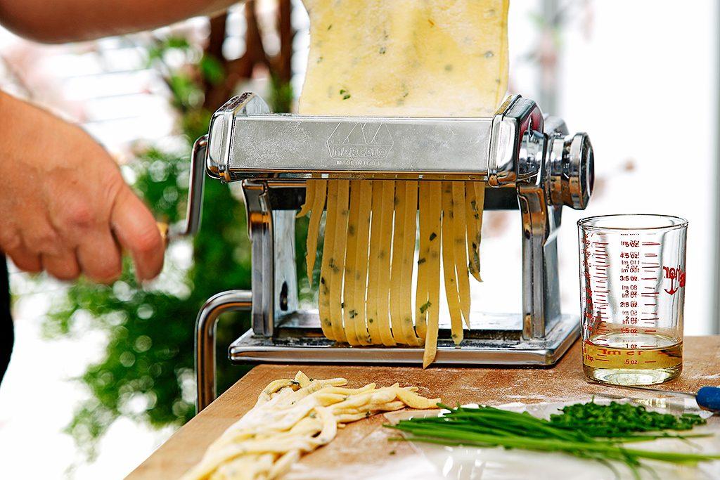 Canola Coast To Coast: Pasta Edition
