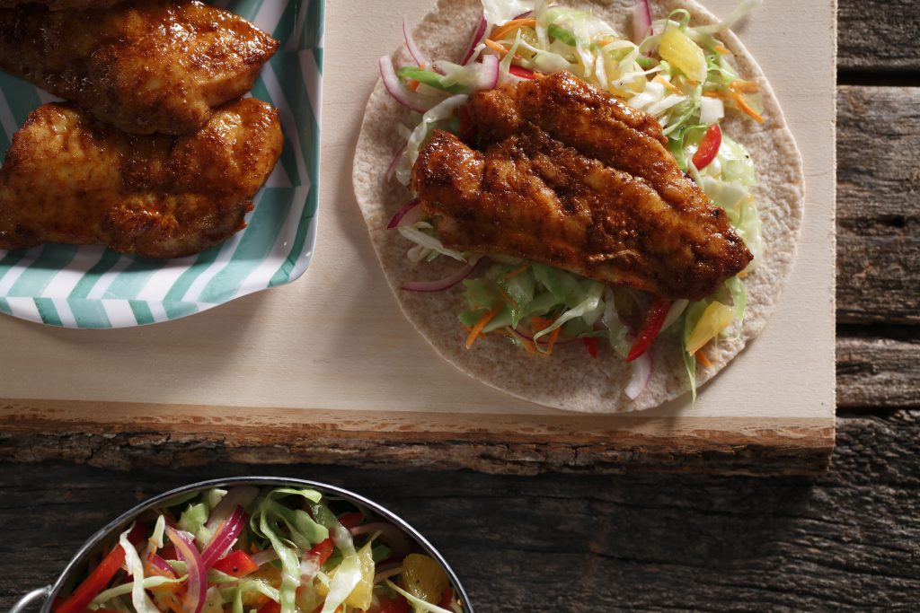 Grilled Fish Tacos with Citrus Slaw | www.canolaeatwell.com