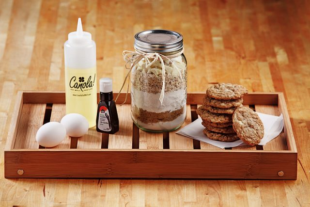 Oatmeal White Chocolate Chunk Cookies in a Jar as seen on CTV