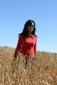 Michelle Kwan in Wheat | www.canolaeatwell.com
