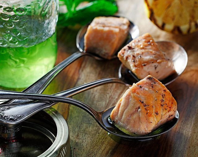 Seared Salmon Bites with Mint Oil