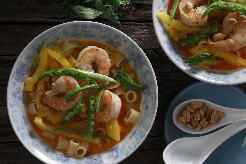 Red Thai Curry Prawn Pasta Bowl