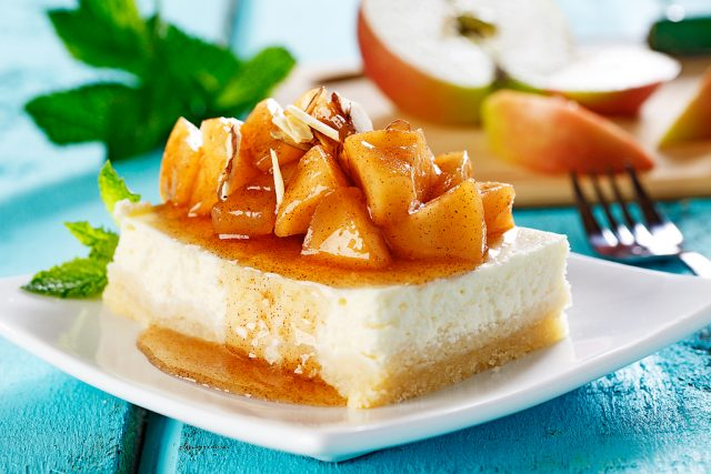 Apple Almond Cheesecake