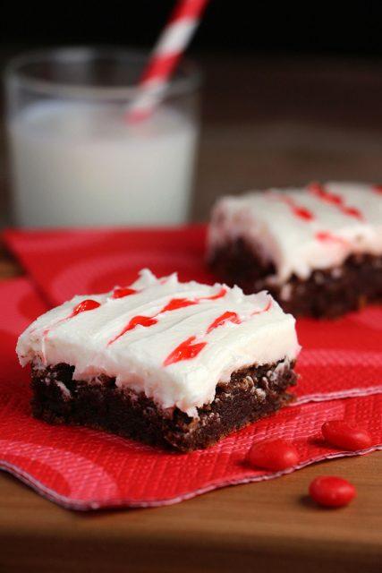 Chocolate-Cherry Sweetheart Brownies