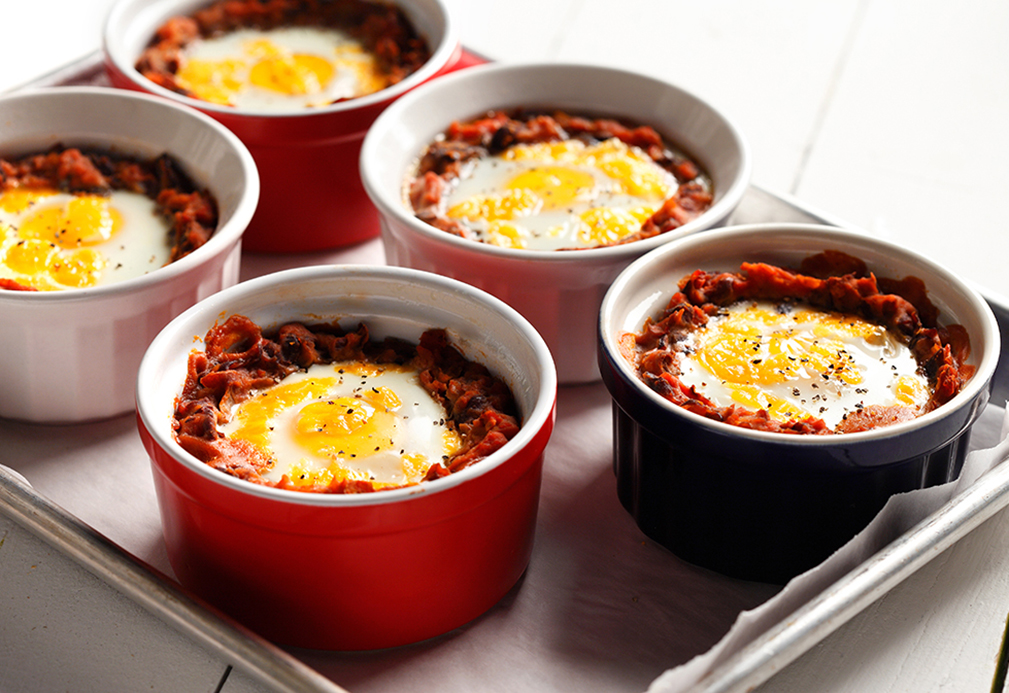 Mexican Baked Eggs on Black Beans – Eat Well
