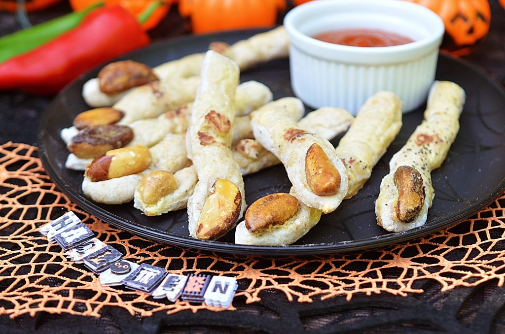 Halloween Pizza Fingers
