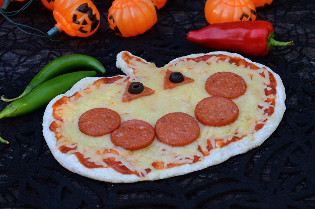 Halloween Pumpkin Pizza