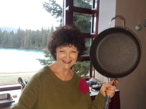 Mairlyn Smith - Frying pan | www.canolaeatwell.com