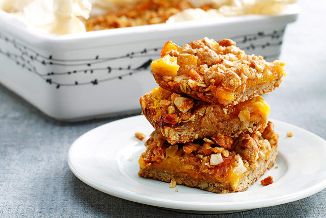 Peach, Oat and Almond Crumble Bars