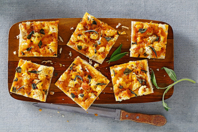 Roasted Cauliflower and Caramelized Onion Flatbread