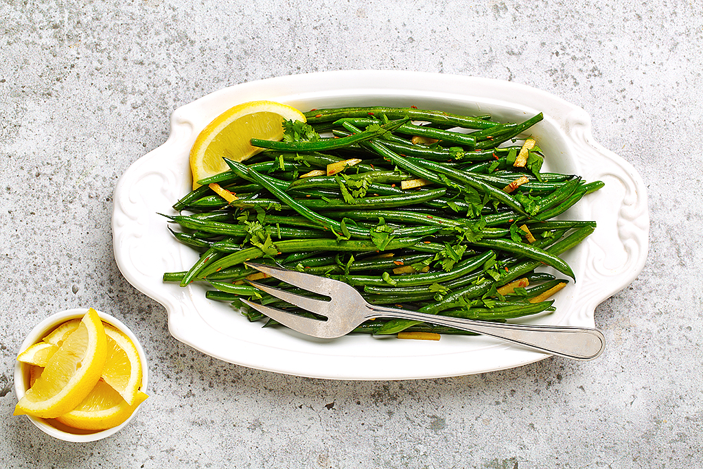 Blistered Green Beans with Ginger