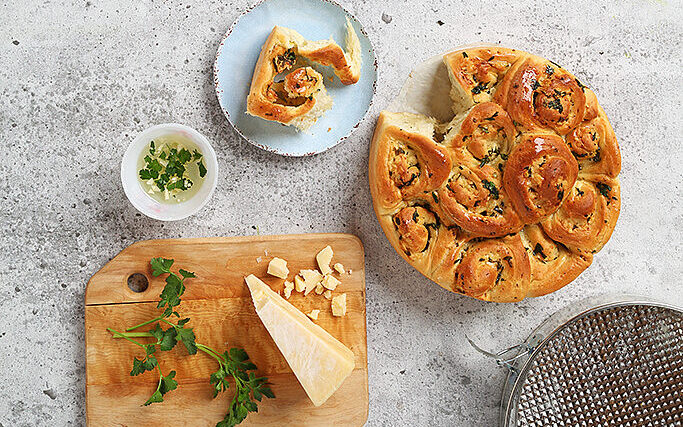Asiago Garlic Herb Swirl Rolls