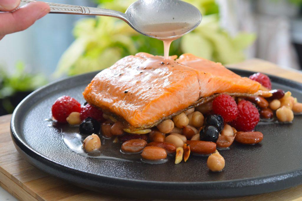 Pan-Seared-Steelhead-with-Pulses_Berries-Almonds-Salad